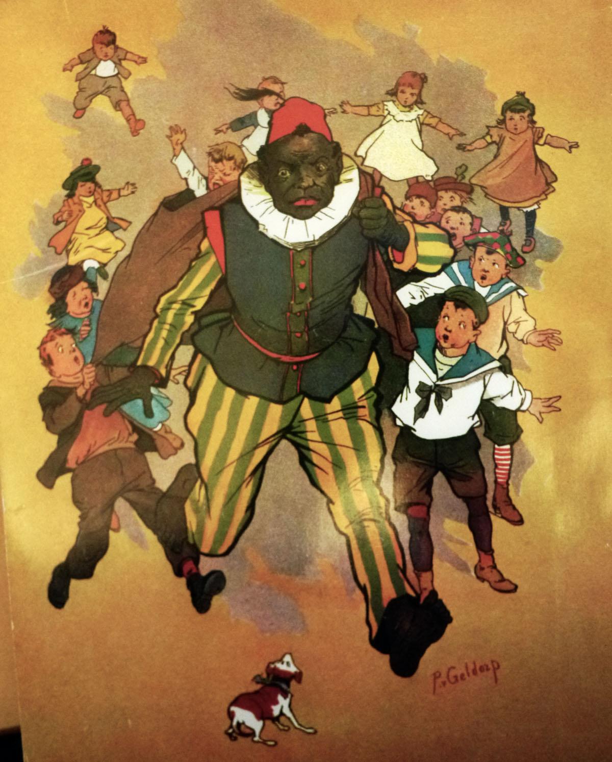 Zwarte Piet neemt stoute kinderen mee in de zak. Illustratie van P.J. van Geldorp van omstreeks 1914 (door mij weer gefotografeerd van een heruitgave)
