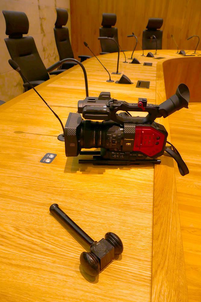 DVX200 bij de Hoge Raad na afloop van de opnames. ©2016 Huib J. Lirb