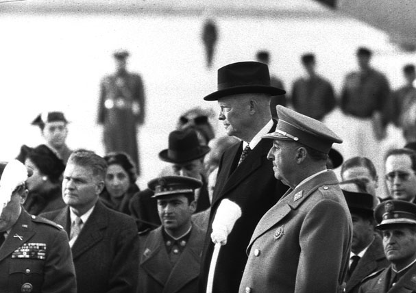 Francisco Franco and Dwight D. Eisenhower in Madrid in 1959 (US National Archives, Wikimedia Commons).